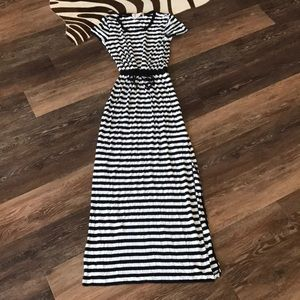 Michael Kors maxi dress black white! Size p/ s